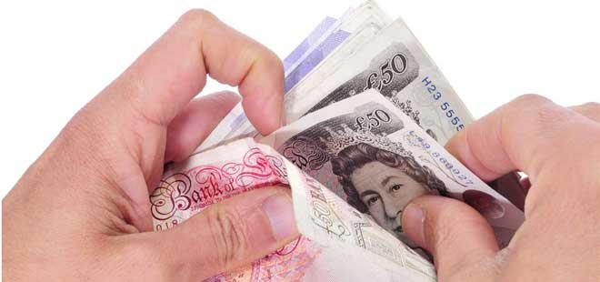 VCs PAY PACKAGES RISE BY AN AVERAGE £8,443 IN A YEAR
